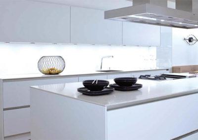 EME Cocinas y Armarios Modelo Lacado L47003_Blanco_brillo_01